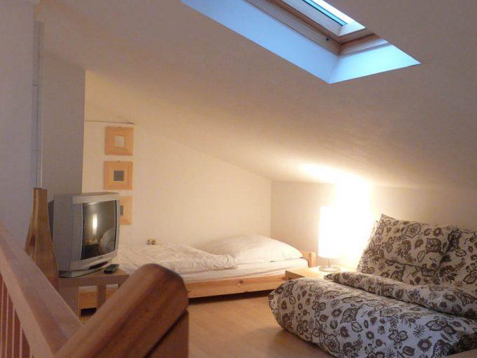 Einzel-, Doppel-, Dreibettzimmer